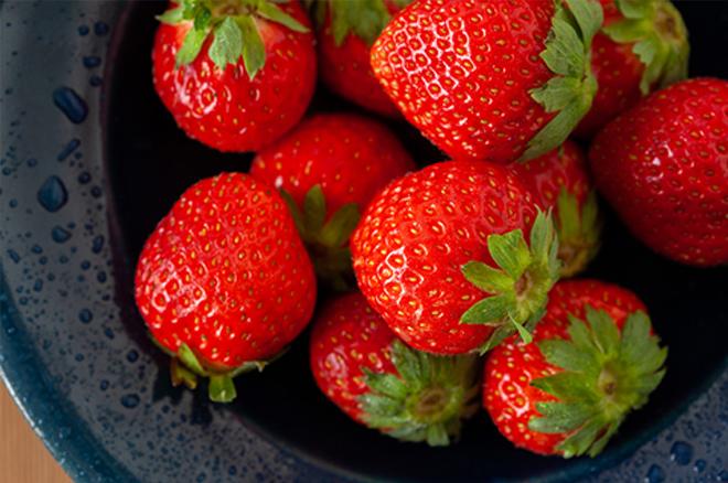 家庭で最も好まれている果実と言えばイチゴ。果実屋からはじまったヤマブンだからこそ、イチゴへの想いは格別です。